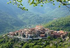 village de La Bollène-Vésubie (b.four) Tags: village paese la bollènevésubie moyennevésubie alpesmaritimes ruby5 ruby10 ruby15