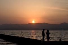 With Lover(恋人と) (daigo harada(原田 大吾)) Tags: silhouette kanzanji lake hamana 浜名湖 舘山寺 シルエット sunset 夕日 people couple lover