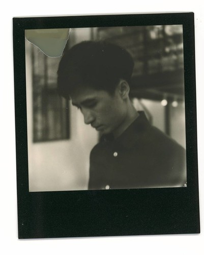 O文. #Polaroid #slr680 #blackandwhite #blackandwhitefilm #signlesscafe  #friends #friend #signless #filmphotography #filmphotographic. #meaninglessart #canton #citylife #city #life #impossible #廣州 #広州 #寶麗來 #無謂藝術 #無牌咖啡