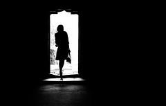 (Magdalena Roeseler) Tags: street strassenfotografie streetphotography streettog silhouette woman light door candid geometry lines olympus zuiko