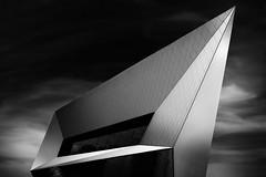 Porsche Museum (O l l i . B .) Tags: stuttgart badenwürtemberg porsche fineart architektur architecture arquitectura ollib oliverbuchmann canoneos5dmkii canonef1740mm schwarzweis schwarz sw weis blackwhite longexposure lzb langzeitbelichtung bwnd30 greatphotographers