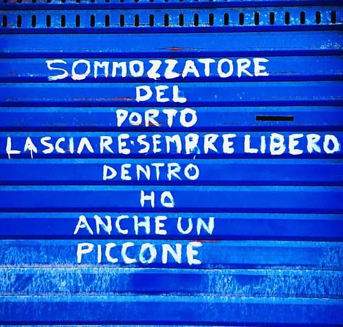 Nella vita bisogna saper essere persuasivi!    .  .  .  .  .  @ig_italia @ig_italy @italianlandscapes @best_italiansites @italiainunosca   #igersitalia #italymagazine #italiainunoscatto #italia360gradi #letsgosomewhere #getoutandexplore #italiasocial #ins
