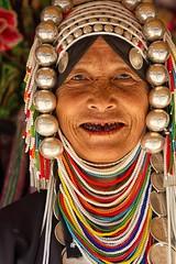 donna akha (mat56.) Tags: ritratto ritratti portrait portraits donna woman etnia ethnicity akha nord thailandia thailand asia persone people monili jewelry face viso denti neri black teeth antonio romei mat56