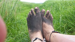 photo_2017-05-21_19-17-36 (bfe2012) Tags: barefoot barefeet barefooting barefooted barefooter barefoothiking baresoles barefoothiker toughsoles feet lifestyle toes dirtyfeet dirtysoles