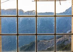 (Digital_trance) Tags: 合歡山 合歡 hehuan star sun sunrise sunset moon landscape cloud sky bird wildlife 生態 雲海 日出 星空 星軌 銀河 milkyway 中央尖山 taroko tarokonationpark 太魯閣國家公園 國家公園 太魯閣 中央山脈 奇萊山 奇萊 石門山 startrail 流星 meteor 清境農場 清境 farm 草原 台14甲 forest 森林 合歡山莊 梨山 合歡東峰 合歡主峰 合歡尖山 石門山北峰 北合歡山 西合歡山 小風口 松雪樓 武嶺 wuling 昆陽 大禹嶺 滑雪山莊 hehuanmoutain 台灣 taiwan 高山杜鵑 紅毛杜鵑 杜鵑 fog mist 霧 14甲 universe 宇宙 太空 space ufo 飛碟雲 thunder lightening thunderbolt 閃電