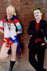 IMG_2446.jpg (Neil Keogh Photography) Tags: gloves gangboss dc gangster thejoker shirt gun comics blade clownprinceofcrime arkhamcity psychopath videogames arkhamasylum green nwcosplayjunemeet2016 batman bluegold suicidesquad pants movies arkhamorigins hotpants manga puddin films knife arkhamknight harleyquinn dccomics jacket red joker psycho male animation playingcards criminal suit misterj cosplay boots black daddyslittlemonster cosplayer top tshirt white