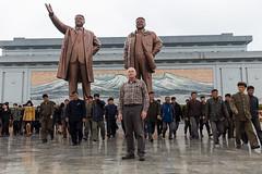 The Grand Monument, Pyongyang, North Korea. (e.w. cordon) Tags: travel ewcordon asia northkorea worldtravel pyongyang kimilsung kimjongil monument korea