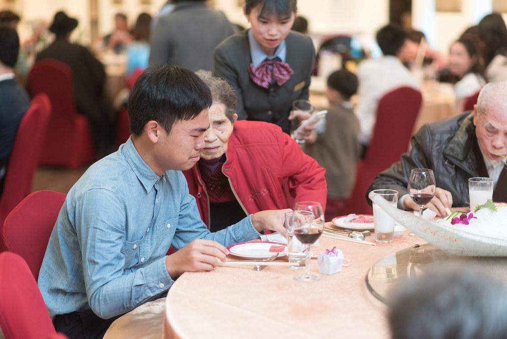 婚禮紀錄鈞翔與明佩-256
