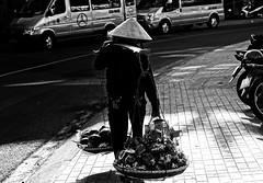 _DSC4882 (Tiến Long) Tags: street life streetlife black blackandwhite white dalat đà lạt vietnam việt nam old market streetseller seller work