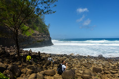 Kaui 230 DSC03750 (cpburt) Tags: kauai hawaii napalicoast kalalautrail hanakapiai beach