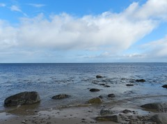 Out to Sea from Golspie Beach, Golspie, Sutherland, April 2017 (allanmaciver) Tags: out sea golspie sutherland east coast water clouds distance vast rocks quiet still calm watch wait allanmaciver