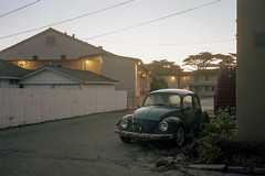 (patrickjoust) Tags: pacificgrove california montereycounty borg motel sign vw car sunrise earlymorning parkinglot fujicagw690 kodakportra160