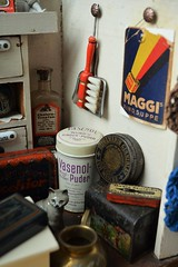 Tante Emmas Laden - Aunt Emma's shop (shero6820) Tags: kaufladen kaufmannsladen shop toy old antique vintage tins german homemade maggi cat store épicerie jouetancien