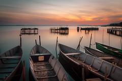 Alba sul lago (SDB79) Tags: alba paesaggio lesina lago barche pesca quiete puglia