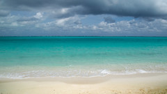 Crystal clear (Krevo55) Tags: turksandcaicos caribbean paradise ocean sea water sand beach tropical providenciales islands seashore waves sun clouds sky nature outdoor landscape provo gracebay