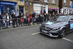 Tour De Yorkshire Stage 2 (481) (rs1979) Tags: tourdeyorkshire yorkshire cyclerace cycling officialcar tourdeyorkshire2017 tourdeyorkshire2017stage2 stage2 knaresborough harrogate nidderdale niddgorge northyorkshire highstreet
