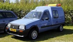 Citroën C15 E 1993 (XBXG) Tags: vx61jb citroën c15 e 1993 citroënc15 c15e bleu blue citromobile 2017 citro mobile vijfhuizen nederland holland netherlands paysbas old classic french van utilitaire bestel wagen bestelwagen bestelbus fourgonnette française vehicle outdoor