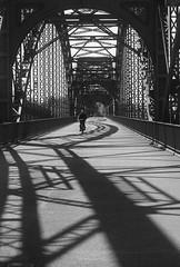 Alie Süderelbbrücke (rauter25) Tags: hamburg harburg süderelbe denkmal monument süderelbrücke elbbrücke