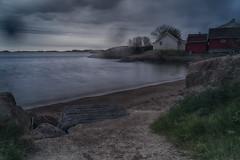 Rainy day at the beach (la1cna) Tags: rainyday raindrops beach hike