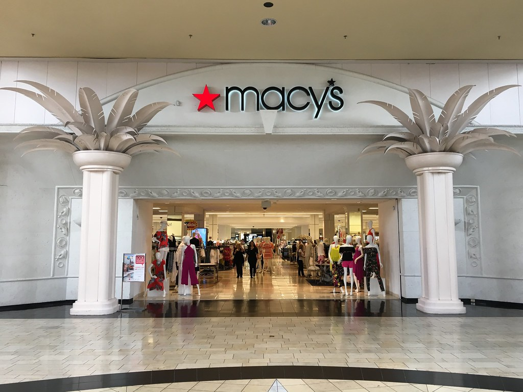 Macy's, established in , is the Great American Department Store - an iconic retailing brand over stores operating coast-to-coast and online. Macy's International Mall West Dade offers a first class selection of top fashion brands including Ralph Lauren, Calvin Klein, Clinique, Estee Lauder & tusagrano.mlon: N.W. th Ave, Miami, , FL.