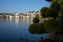 waterfront Lugano (Toni_V) Tags: m2403922 rangefinder messsucher leicam leica typ240 mp 35lux 35mmf14asphfle summiluxm lugano lago lake see lagodilugano tessin ticino frühling spring dof bokeh switzerland schweiz suisse svizzera svizra europe ©toniv 2017 170422 parcocivico