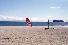 Kite (edwardconde) Tags: lifeguard film minolta c200 x570 fujicolor200 california santabarbara c41 carpinteria self processed aristac41kit