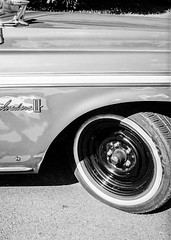 Classic lines (Raven Lens) Tags: vintage whitewall blackandwhitefilm blackandwhitephotography film 35mm halfframe olympuspen olympus plymouth classiccars