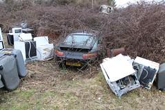 Porsche 928 S4 2 (Raphael Drake) Tags: epave voiture car wreck decay abandoned abandonne rurex decayed porsche 928 s4 france
