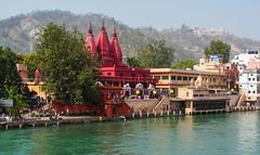IMG_35993 (Manveer Jarosz) Tags: bharat bholagiriashram birlaghat ganga gangesriver haridwar hindu hindustan india sh49 uttarakhand bridge buildings ghat highway mandir red river riverfront temple view water