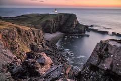 Stoer lighthouse (Alfonso Salgueiro   Photography) Tags: assynt highlands phototrip scotland stoer lighthouse sunset