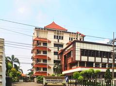 Badan Pendapatan Umum Jatim (Everyone Sinks Starco (using album)) Tags: building gedung arsitektur architecture surabaya eastjava jawatimur office kantor