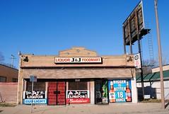 J & J Food Mart & Liquor Store (Cragin Spring) Tags: midwest milwaukee milwaukeewi milwaukeewisconsin wisconsin wi city urban building sign jjfoodmartliquorstore jj foodmart liquorstore grocery liquor billboard market storefront store