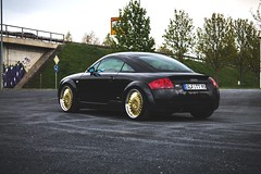 Audi TT 8N 1.8T (Felix Gellendin) Tags: audi tt 8n 18t ispiri csr1d wheels wheel low stance kcustom hr gewindefahrwerk coilovers lowered gold black blackgold 19 19inch inch saalfeld thüringen thuringia