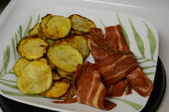 Fried Potatoes and Soy Bacon (Vegan) (Vegan Butterfly) Tags: vegetarian vegan food yummy tasty delicious breakfast meal plate fried potatoes soy meat bacon meatless