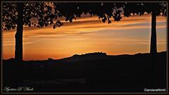 Tramonto tra due alberi - Aprile-2017 (agostinodascoli) Tags: tramonto sunset alberi nikon nikkor cianciana sicilia nature texture cielo monti paesaggi landscape agostinodascoli