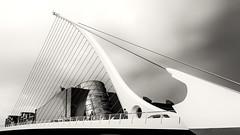 Dublin (drasphotography) Tags: dublin ireland irland samuel beckett bridge brücke monochrome monochromatic monotone blackandwhite bianconero schwarzweis sw bn architecture architektur liffey travel travelphotography drasphotography reisefotografie reise modern urban contemporary