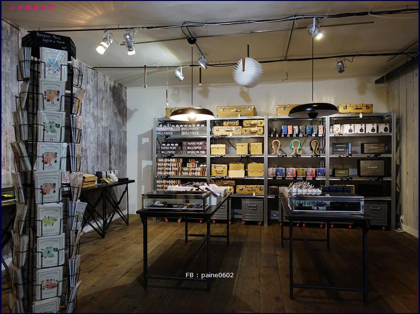 巴黎 Merci . Used Book Cafe (37).JPG