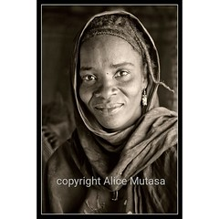 Another preview from my FORTHCOMING EXHIBITION - this is Rayshata from N'Dala village near Timbuktu.  I will be showing my portraits of Touareg friends and villagers from Timbuktu in the SEAS ('Socially Engaged Art Salon') Artists Open House - 'Somewhere (Alice Mutasa at PlacesandSeasons) Tags: instagramapp iphoneography uploaded:by=instagram mali africa african africanwoman timbuktu tombouctou people portrait travel travelafrica travelling touareg tuareg nomad nomadic afircanvillage woman female villager
