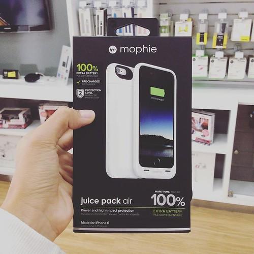 Batería y carcasa Mophie 2 en 1 para iPhone 6 ¡Encuéntrala en @compudemano! #cadadiamejor #instagood #mophie