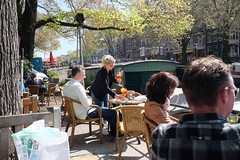 DSCF2280.jpg (amsfrank) Tags: candid amsterdam rivierenbuurt prinsengracht marcella cafe bar marcellas terras sun people tourists