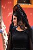 Blondas y peinetas en San Lorenzo. (iluminación , captación y tratamiento de la imag) Tags: retrato blondas juevessanto peineta sevilla semanasanta tejidos vestuario