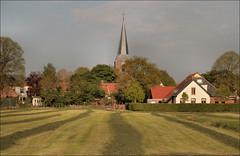 Zicht op Noordhorn (TeunisHaveman) Tags: ngc noordhorn kerk dorp village church landschap grasland provinciegroningen