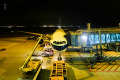 Prepping the 777 (A. Wee) Tags: cathaypacific 国泰航空 boeing 777 777300er hongkong hkg airport 机场 香港