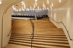 Elbphilharmonie 2017 (www.sommer-in-hamburg.de) Tags: hamburg hafencity musikstadt musik konzerthaus konzertsaal elbphilharmonie flur treppen treppenhaus konzertsäle