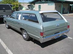 1967 Chevrolet Chevelle Malibu (Hugo-90) Tags: monroe washington auto automobile car event vehicle swap meet flea market 1967 chevrolet chevelle malibu station wagon