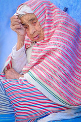 Woman in Chefchaoun, Morocco (ronniegoyette) Tags: bluetown chefchaoun march2017 moroccovacation woman