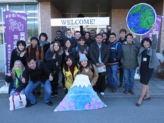 Volunteer Event at Local Middle School (CSUMB-Okayama) Tags: csumbjapan exchange csumb japan wlc csumbokayama csumbintlexch authority soto3829 okayama school volunteer strict teacher