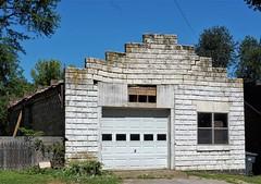 Buffalo, KY. (robgividenonyx) Tags: kentucky laruecounty abandoned buffalo servicestation