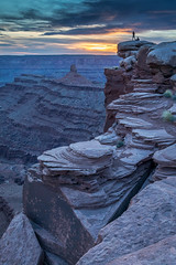 Witness the Sunset (Kirk Lougheed) Tags: coloradoplateau deadhorse deadhorsepoint deadhorsepointstatepark usa unitedstates utah canyon landscape outdoor rockformation statepark sunset