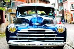 ...Chevrolet (jueheu) Tags: auto car chevorlet uscar oldtimer spiegelung reflection chrom silber bokeh blau blue gelb yellow perspektive badbentheim bentheim oldtimertreffen grafschaftbentheim niedersachsen deutschland germany duitsland strase street